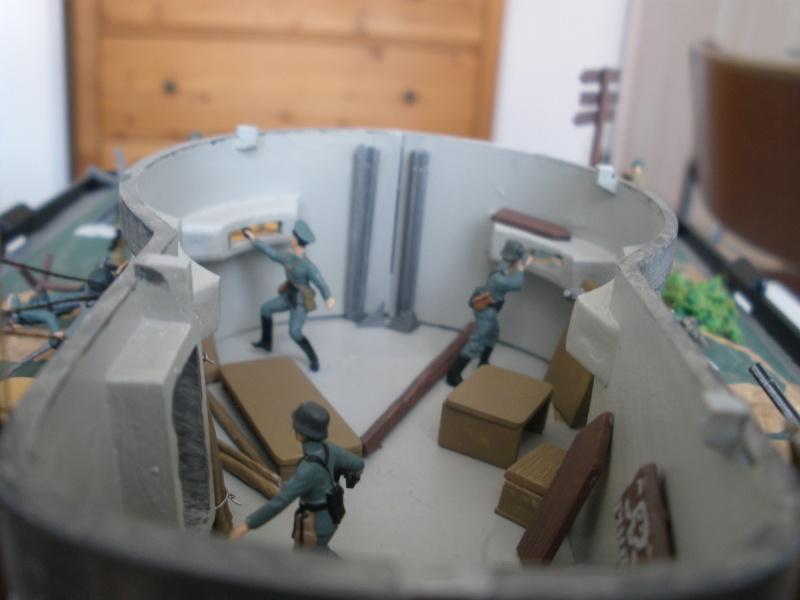 Diorama bunker allemand attaqué par des paras' américains P6140224