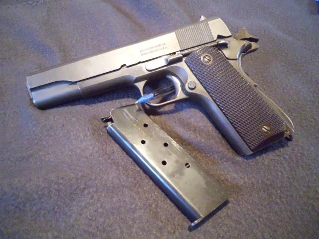 P38 contre Colt M1911A1 Dsci0410