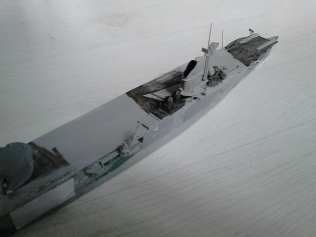 Les projets de bateaux de l'axe(toutes marques et toutes échelles confondues). - Page 5 Dsc_5742