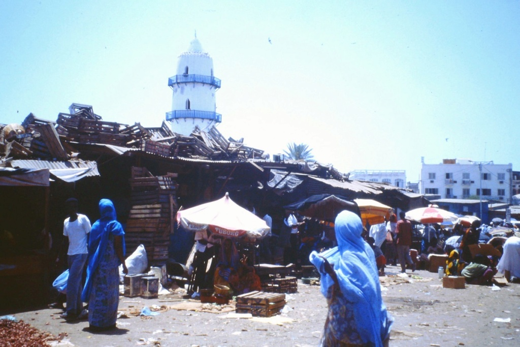 [Campagne] DJIBOUTI - TOME 1 - Page 9 Adjibo13