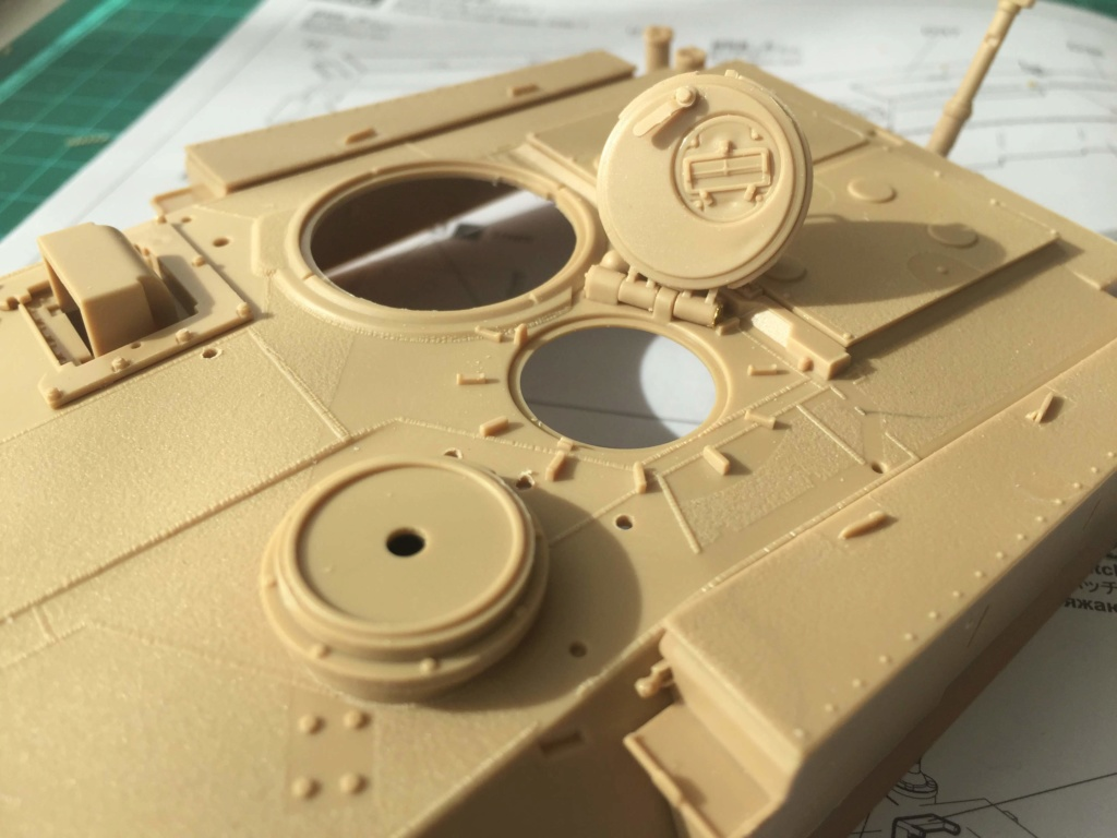 M1A2 Abrams Tusk MENG 1/35 Termine - Page 2 1211