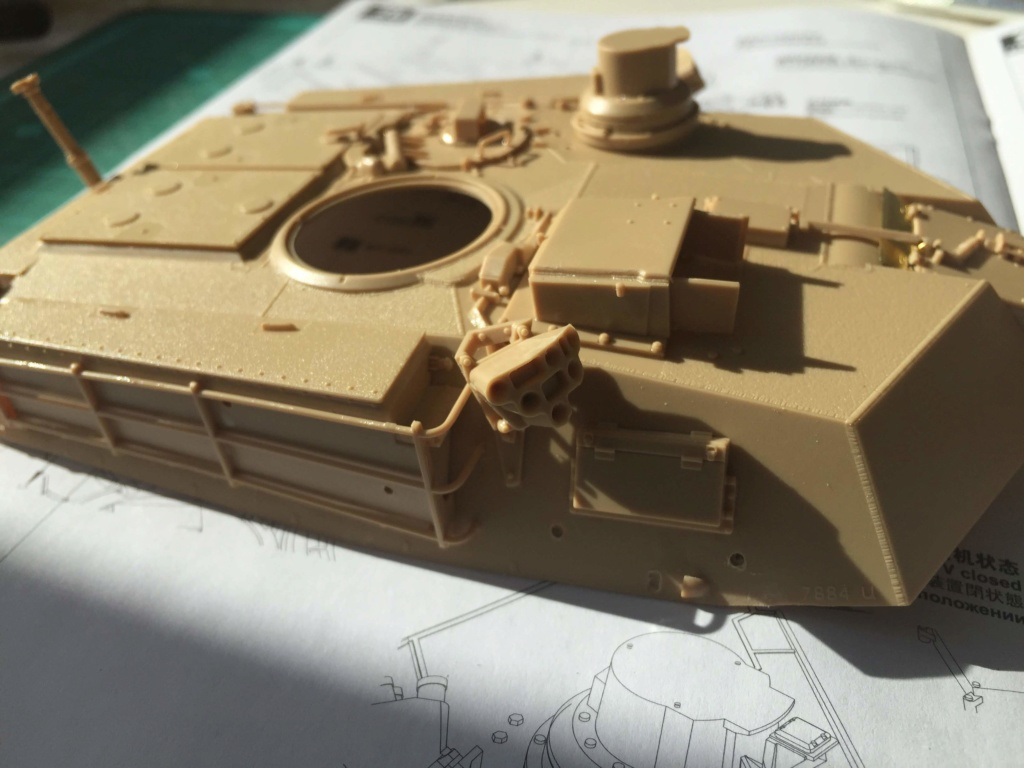 M1A2 Abrams Tusk MENG 1/35 Termine - Page 2 1710