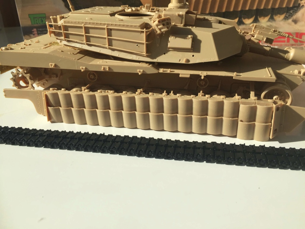 M1A2 Abrams Tusk MENG 1/35 Termine - Page 2 1910