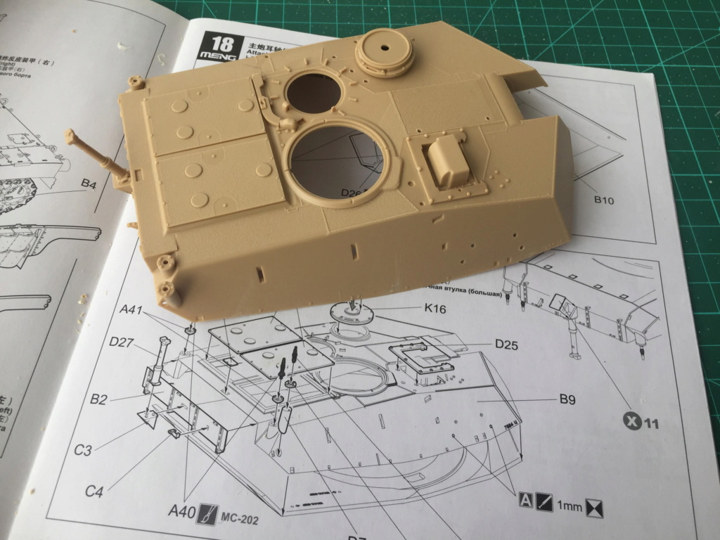 M1A2 Abrams Tusk MENG 1/35 Termine - Page 2 217