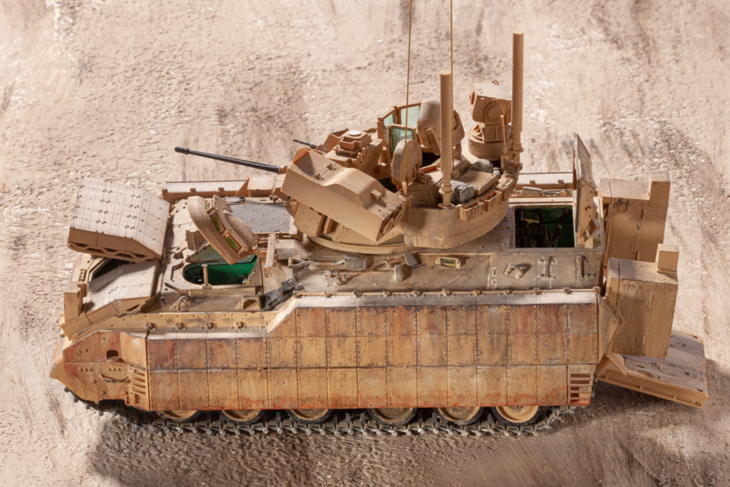 Bradley M2A3 with Busk III - Meng -1/35 TERMINE - Page 4 22610