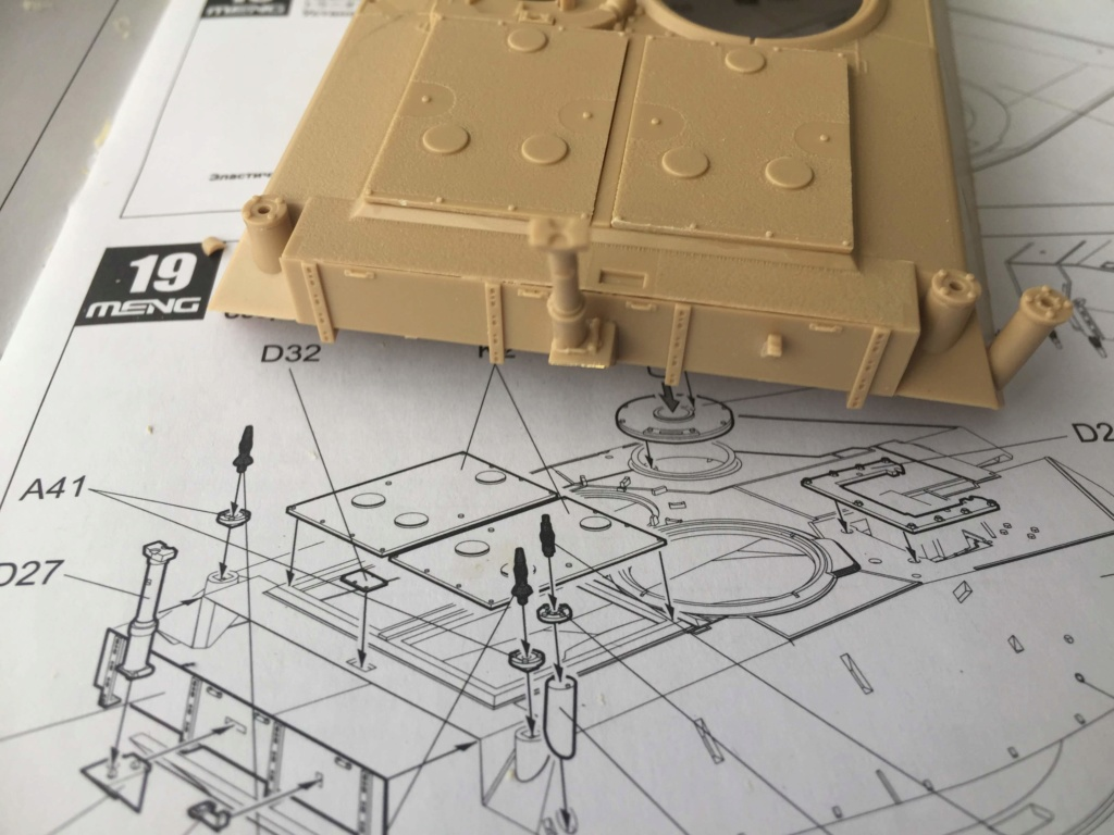 M1A2 Abrams Tusk MENG 1/35 Termine - Page 2 2b10