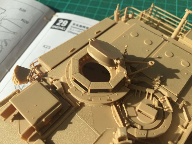 M1A2 Abrams Tusk MENG 1/35 Termine - Page 2 615