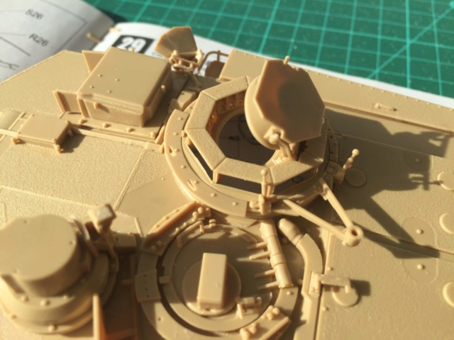 M1A2 Abrams Tusk MENG 1/35 Termine - Page 2 714