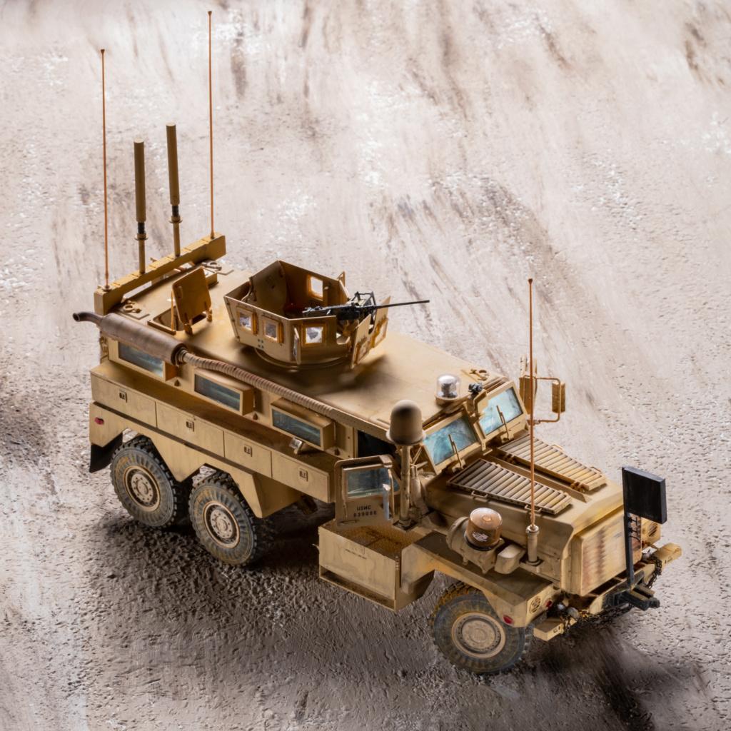U.S. COUGAR 6X6 Mrap vehicle MENG 1/35 Termine - Page 3 _mg_0211