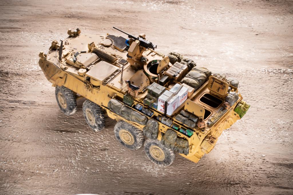 "Stryker M1131 "" Desert Storm "" Trumpeter 1/35 Termine _mg_9714"