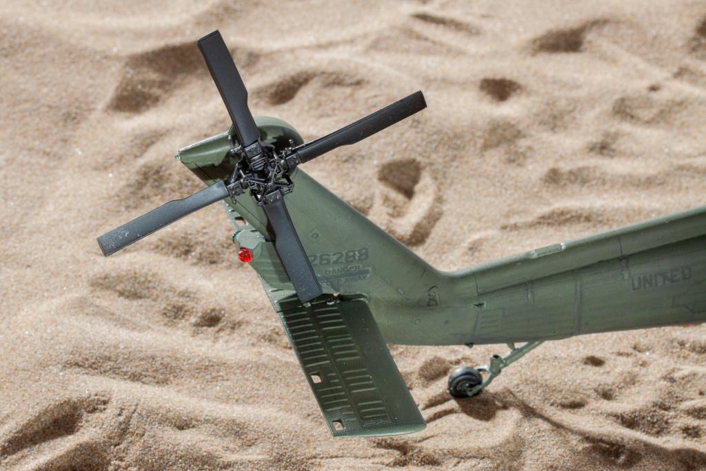 """MH-60L """" Black Hawk """" KITTY HAWK 1/35 - Page 3 _mg_9913"""