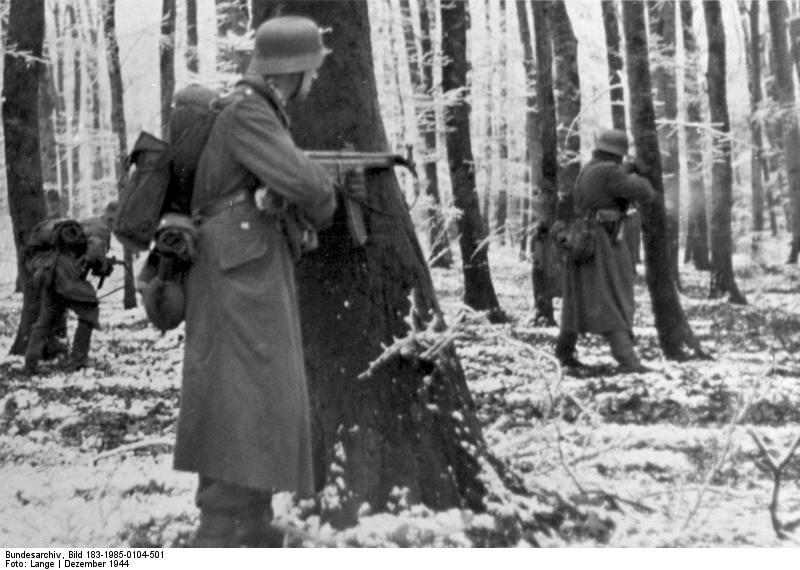 Ardennes 1944 - Page 2 Bundes13