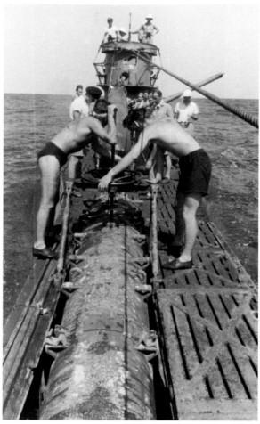 Sous-marin U-Boat VIID résine 3D au 1/100 - Page 6 Captur39
