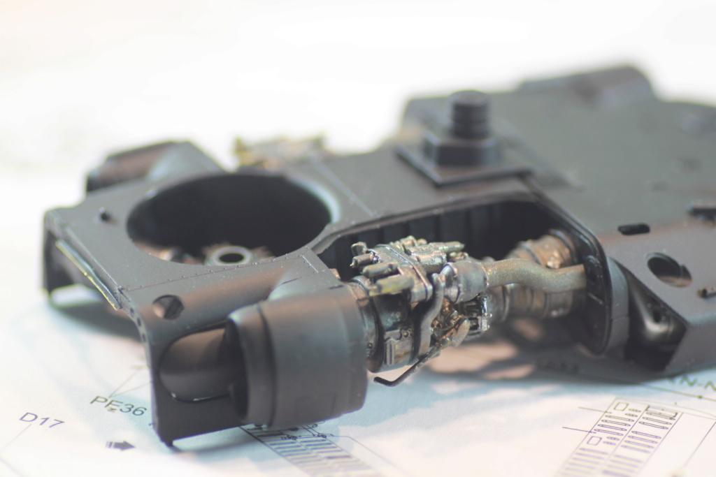 """MH-60L """" Black Hawk """" KITTY HAWK 1/35 - Page 2 Img_0061"""