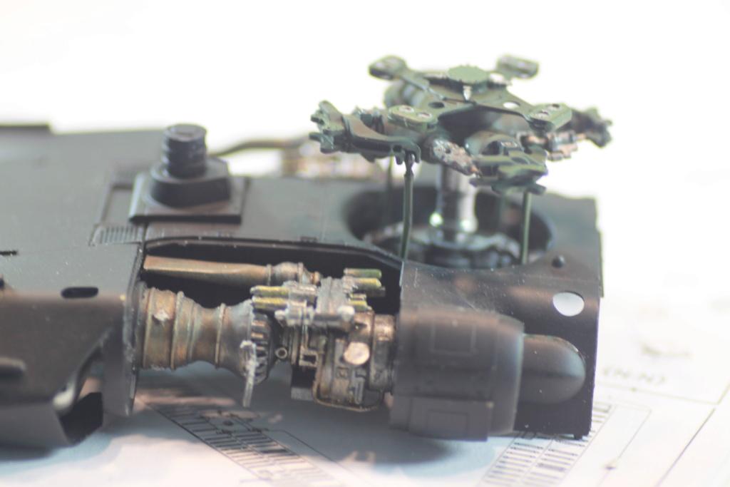 """MH-60L """" Black Hawk """" KITTY HAWK 1/35 - Page 2 Img_0064"""