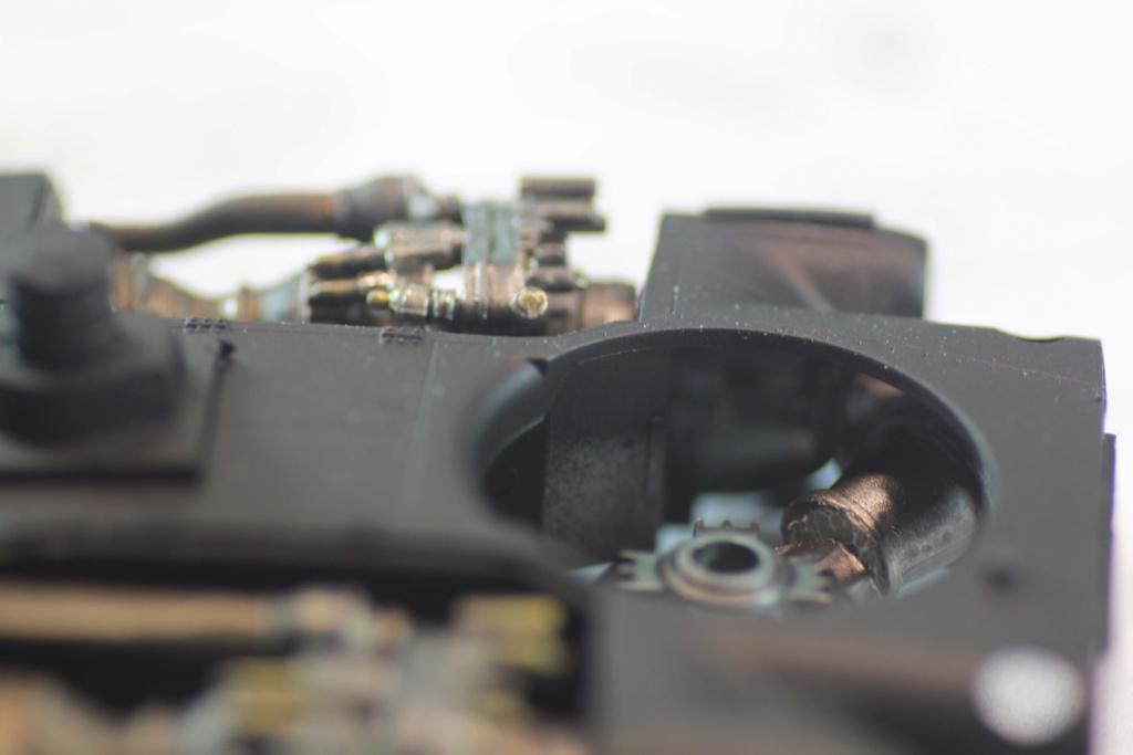 """MH-60L """" Black Hawk """" KITTY HAWK 1/35 - Page 2 Img_0065"""