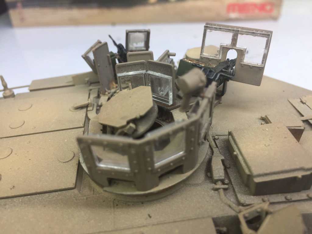M1A2 Abrams Tusk MENG 1/35 Termine - Page 3 Img_0085