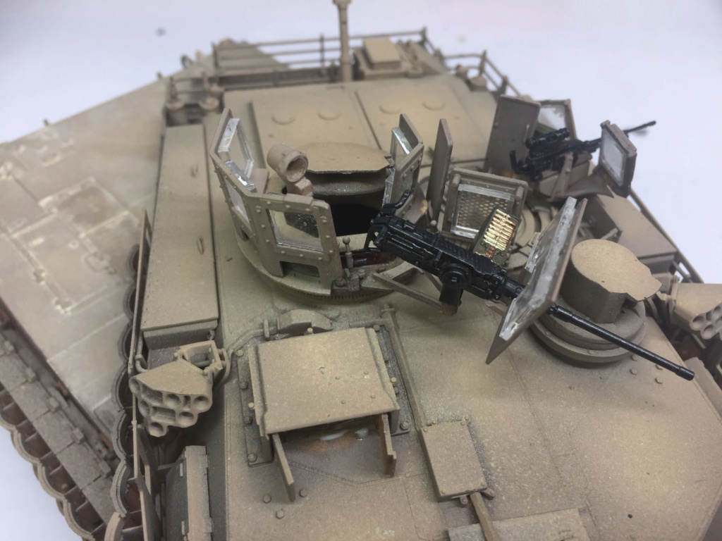 M1A2 Abrams Tusk MENG 1/35 Termine - Page 3 Img_0091