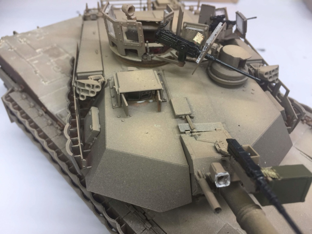 M1A2 Abrams Tusk MENG 1/35 Termine - Page 3 Img_0092