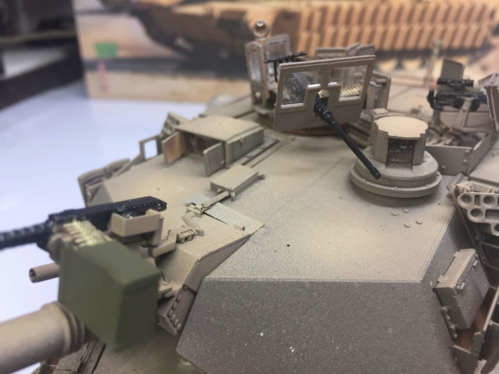 M1A2 Abrams Tusk MENG 1/35 Termine - Page 3 Img_0094