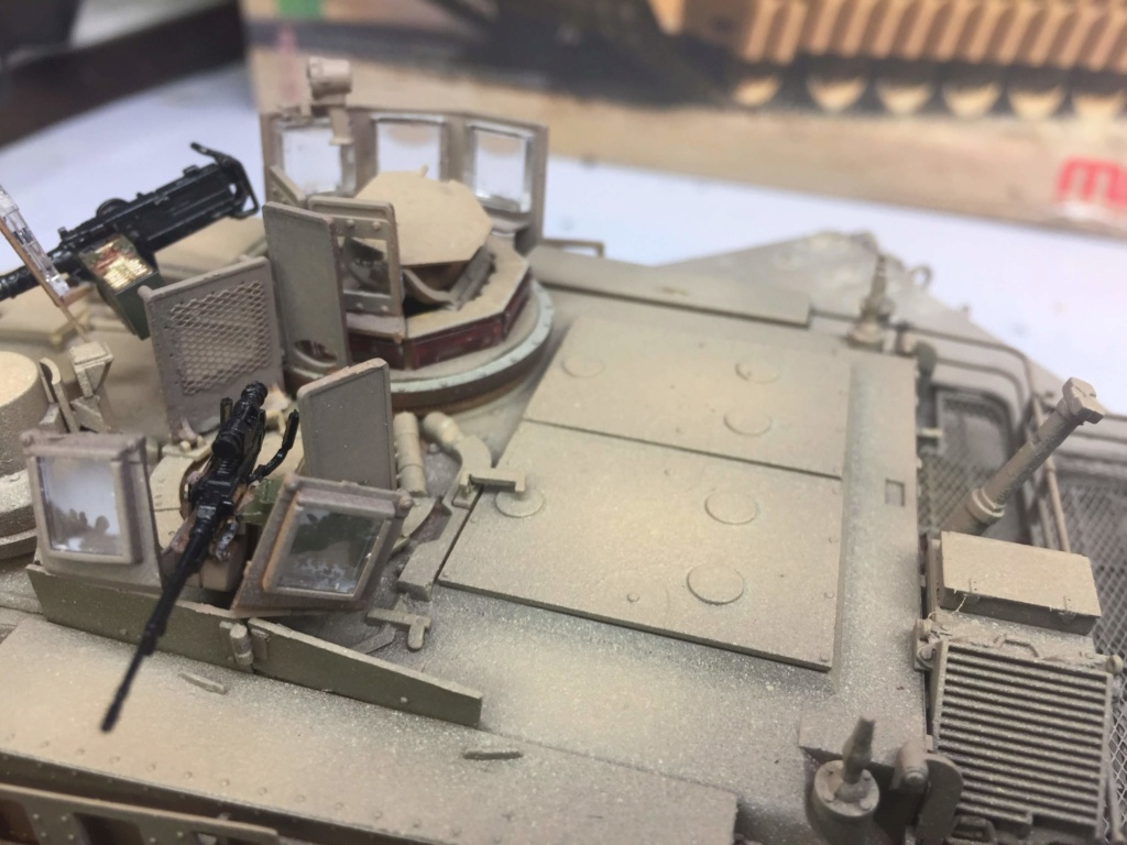 M1A2 Abrams Tusk MENG 1/35 Termine - Page 3 Img_0099