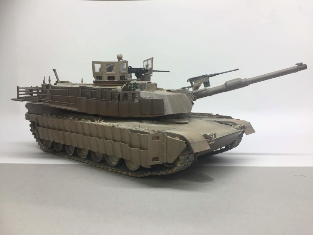 M1A2 Abrams Tusk MENG 1/35 Termine - Page 3 Img_0100