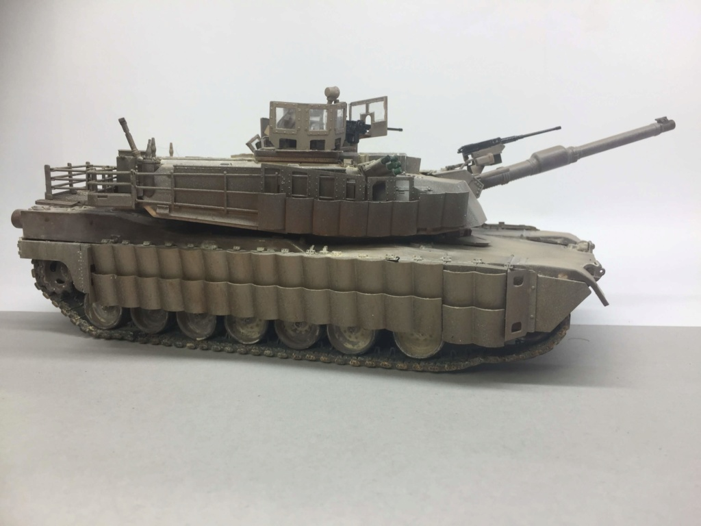 M1A2 Abrams Tusk MENG 1/35 Termine - Page 3 Img_0109