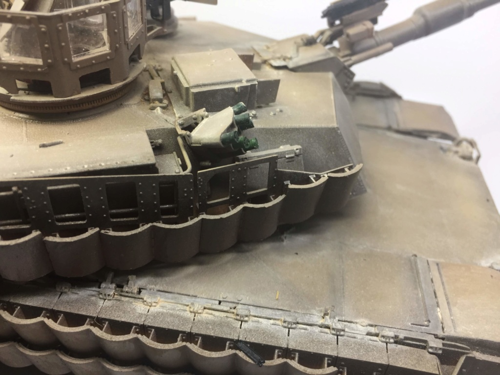 M1A2 Abrams Tusk MENG 1/35 Termine - Page 3 Img_0138