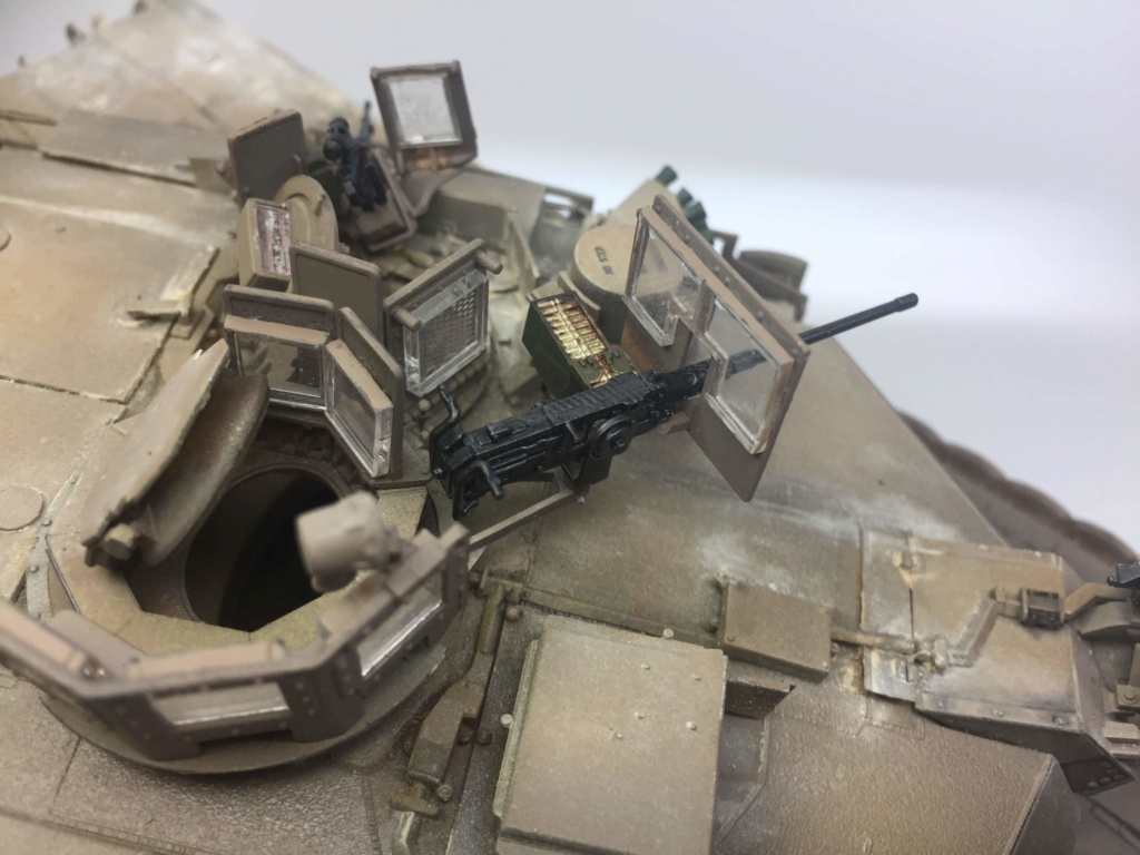 M1A2 Abrams Tusk MENG 1/35 Termine - Page 3 Img_0140