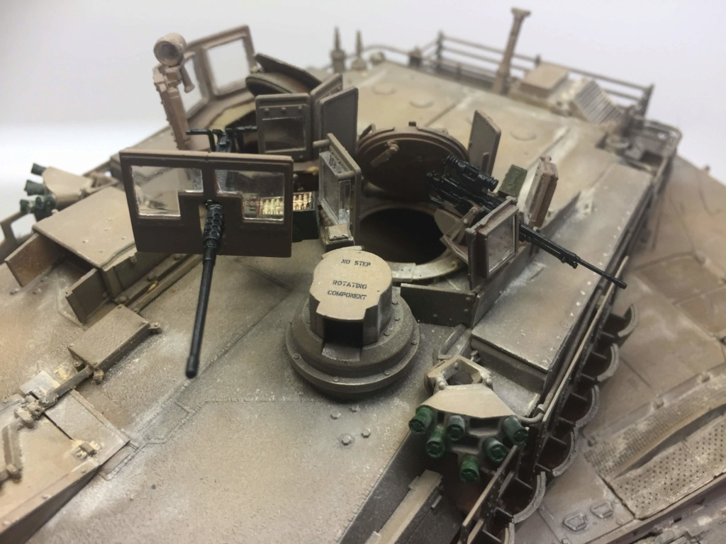 M1A2 Abrams Tusk MENG 1/35 Termine - Page 3 Img_0144