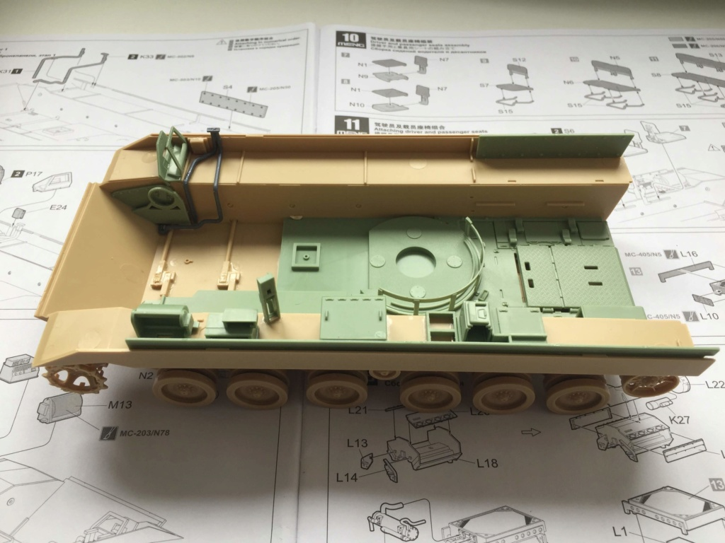 Bradley M2A3 with Busk III - Meng -1/35 TERMINE Img_0320