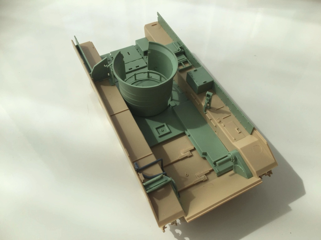 Bradley M2A3 with Busk III - Meng -1/35 TERMINE Img_0412