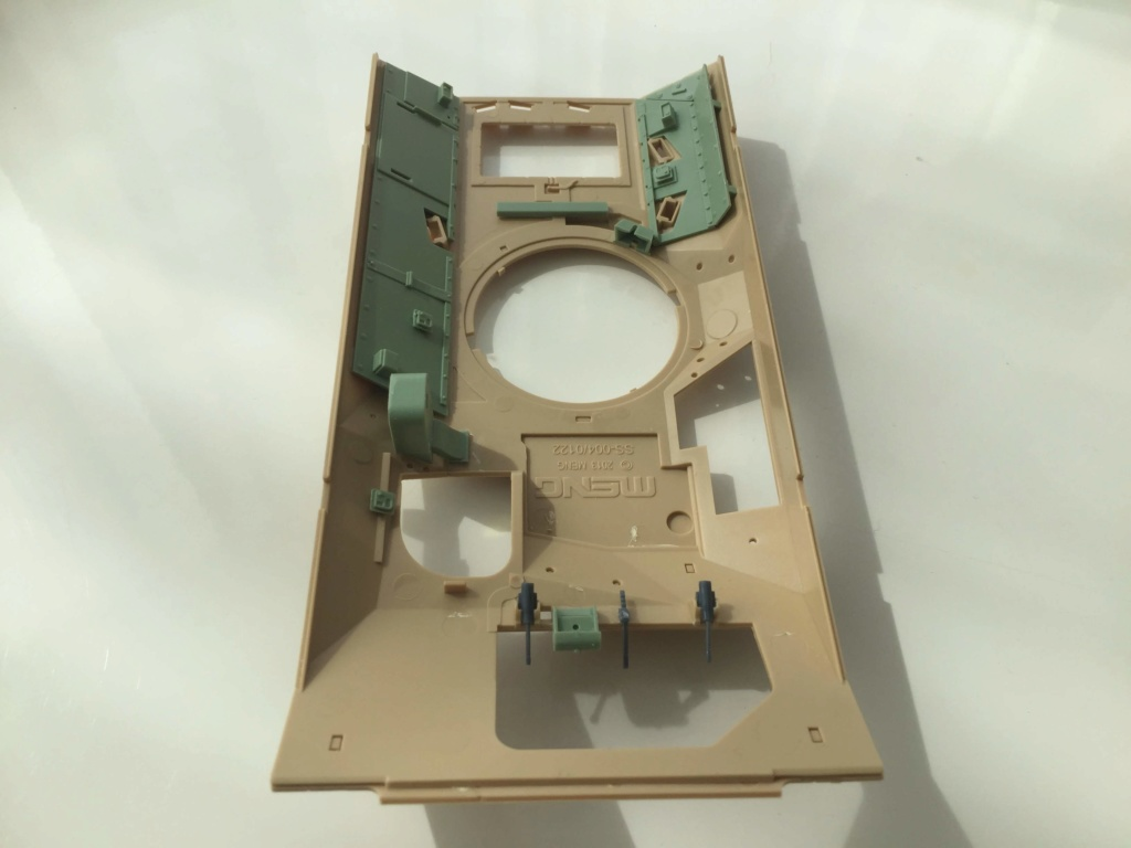 Bradley M2A3 with Busk III - Meng -1/35 TERMINE Img_0414