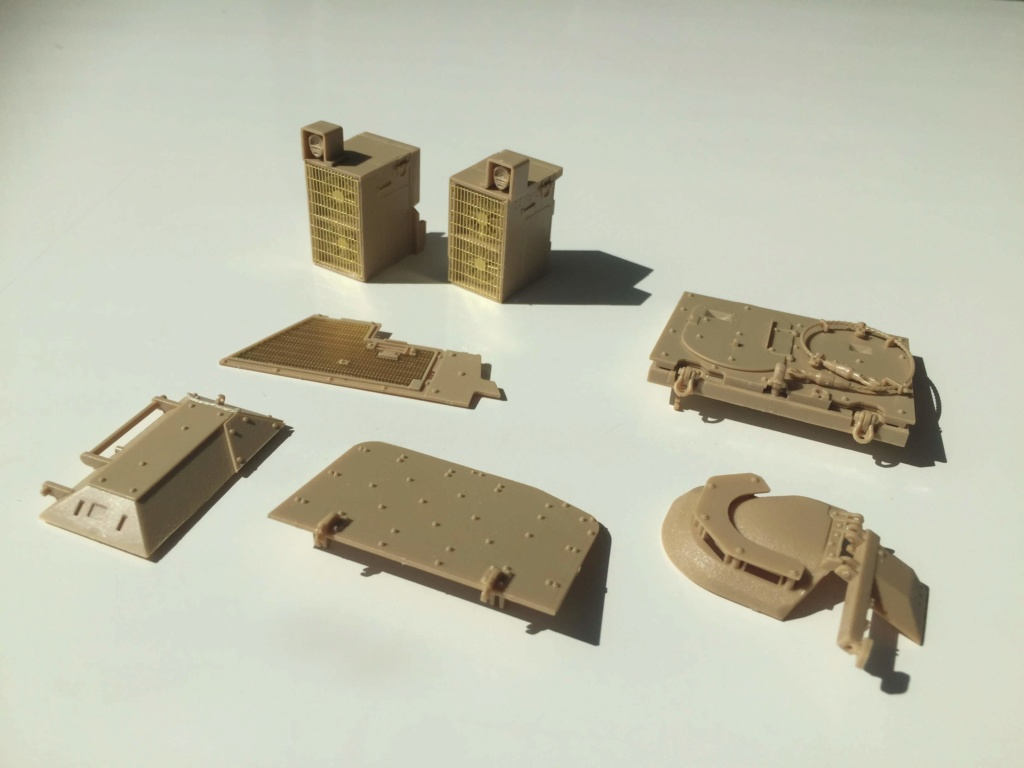 Bradley M2A3 with Busk III - Meng -1/35 TERMINE Img_0434