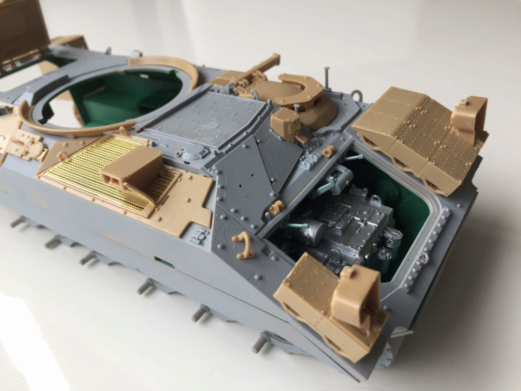 Bradley M2A3 with Busk III - Meng -1/35 TERMINE - Page 2 Img_0518