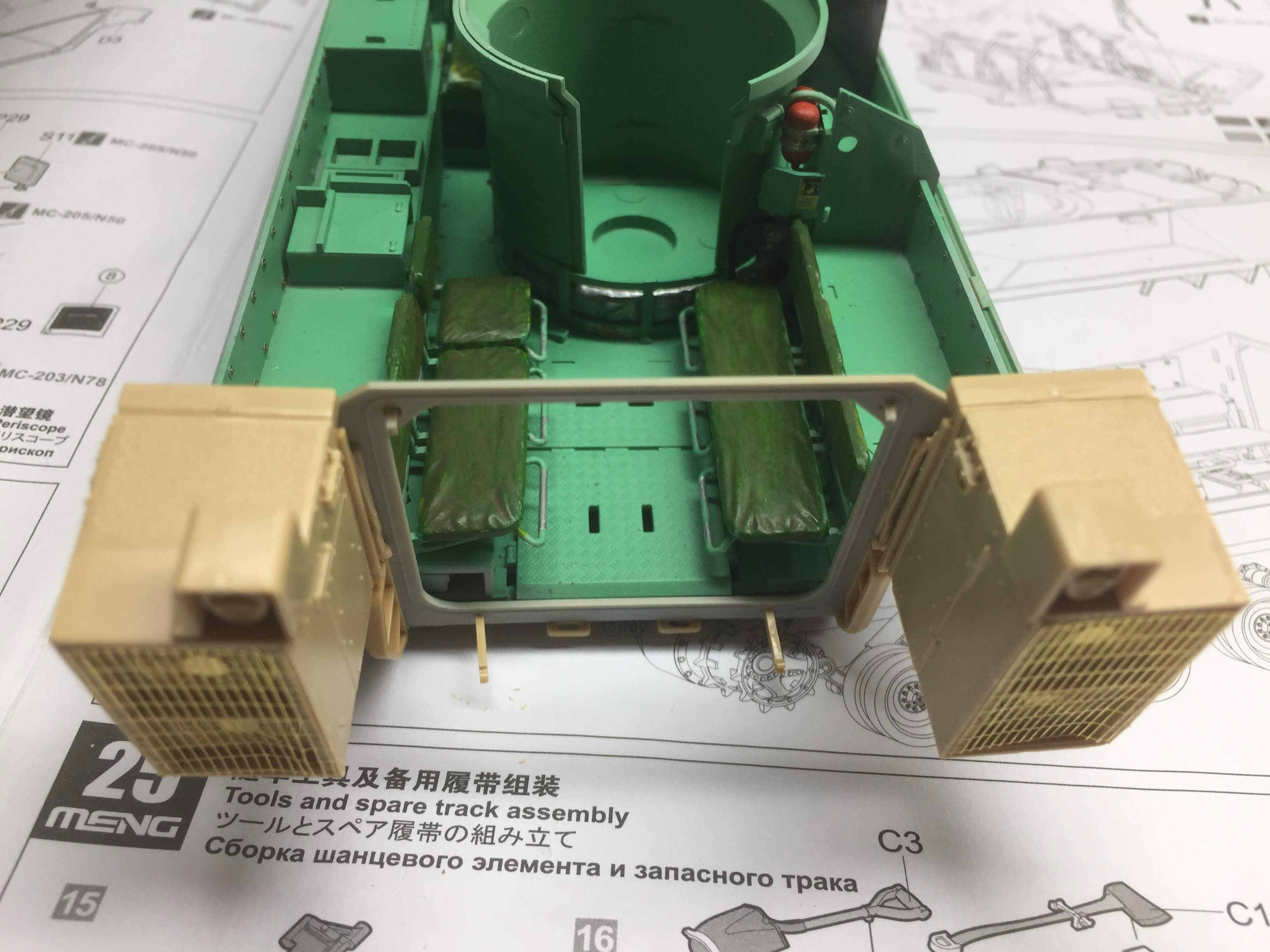 Bradley M2A3 with Busk III - Meng -1/35 TERMINE - Page 3 Img_1629