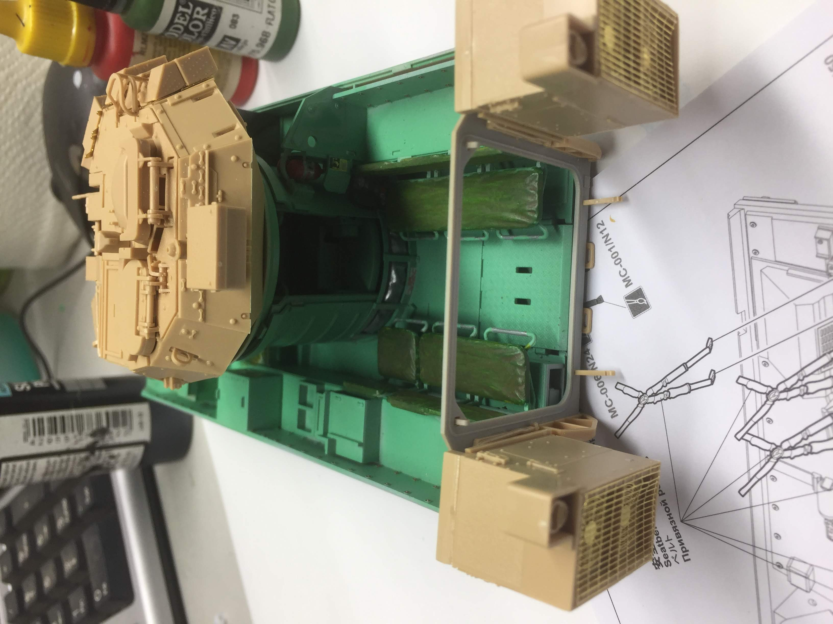Bradley M2A3 with Busk III - Meng -1/35 TERMINE - Page 3 Img_1630