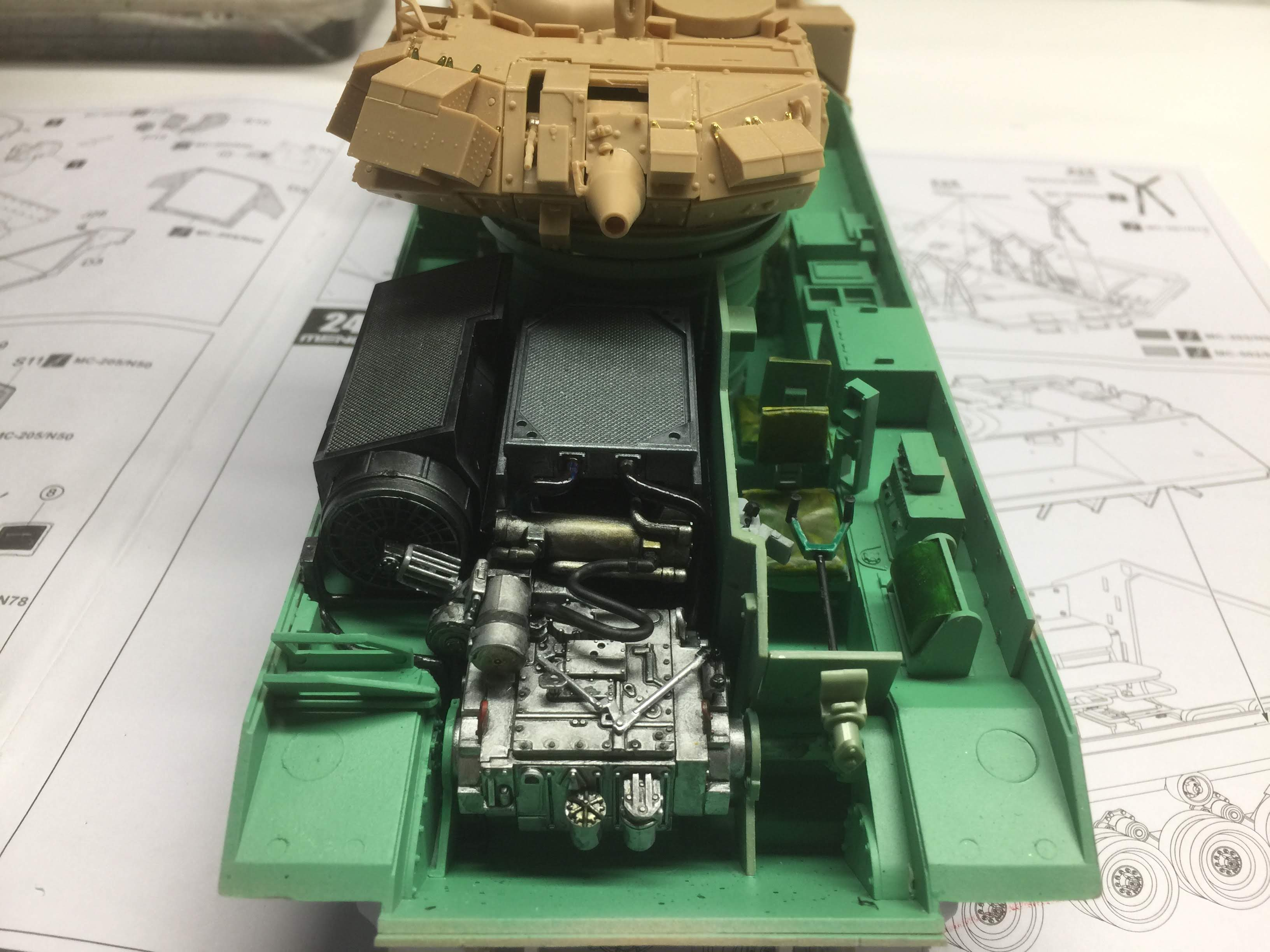 Bradley M2A3 with Busk III - Meng -1/35 TERMINE - Page 3 Img_1632
