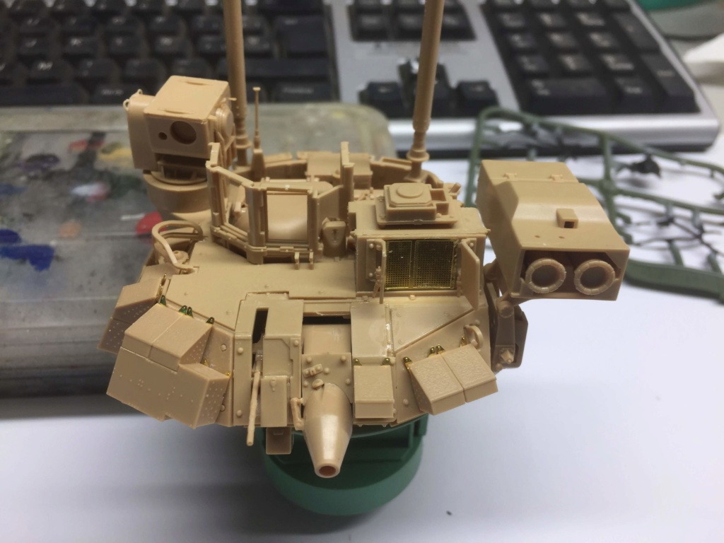Bradley M2A3 with Busk III - Meng -1/35 TERMINE - Page 3 Img_1710