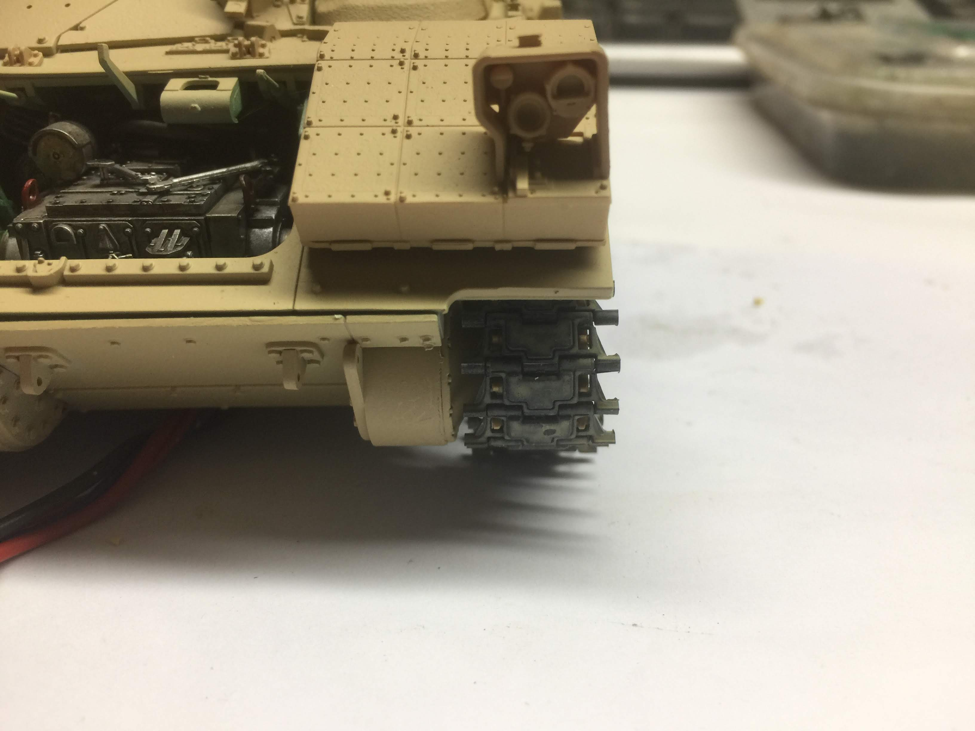 Bradley M2A3 with Busk III - Meng -1/35 TERMINE - Page 3 Img_1719