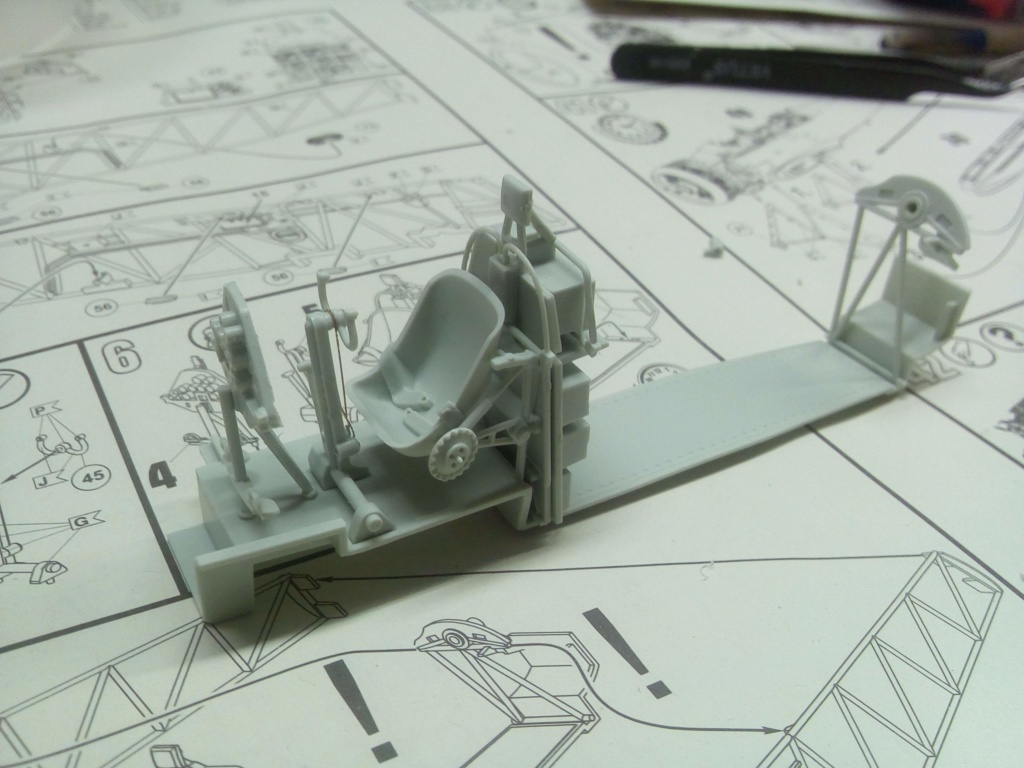 Arado Ar 196A-3 Seaplane - Revell - 1/32 - Page 2 Img_2020