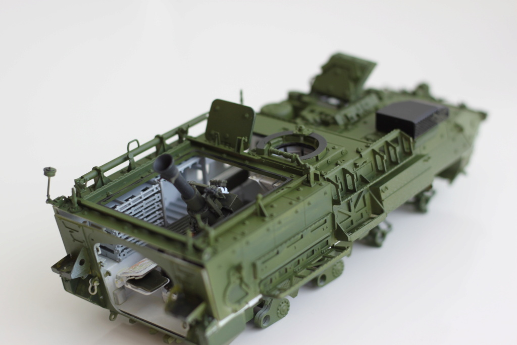 M1129 Stryker Mortar Carrier Vehicle MC-B Tumpeter 1/35 - Page 2 Img_3854