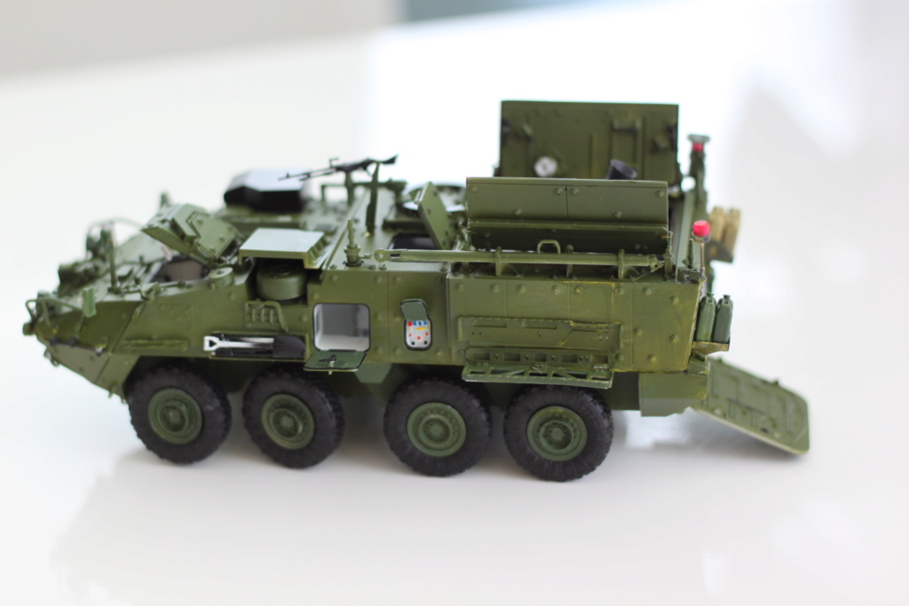 M1129 Stryker Mortar Carrier Vehicle MC-B Tumpeter 1/35 - Page 2 Img_3861