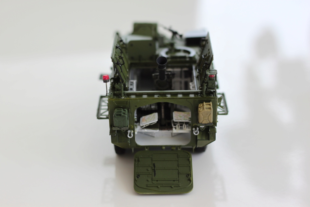 M1129 Stryker Mortar Carrier Vehicle MC-B Tumpeter 1/35 - Page 2 Img_3910