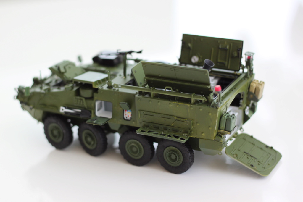M1129 Stryker Mortar Carrier Vehicle MC-B Tumpeter 1/35 - Page 2 Img_3911