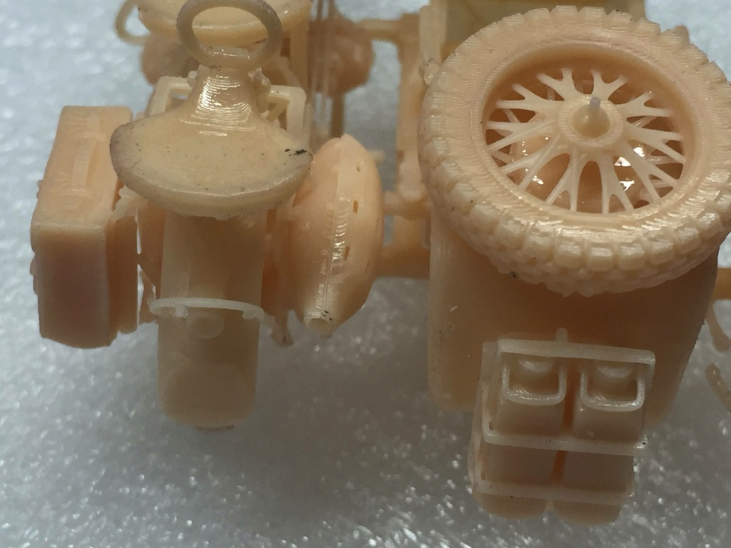 Moto R75 avec side et figurines pièce à pièce. - Page 2 Img_4417