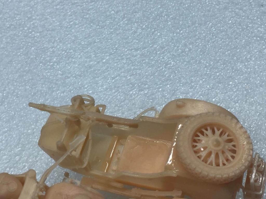 Moto R75 avec side et figurines pièce à pièce. - Page 2 Img_4424