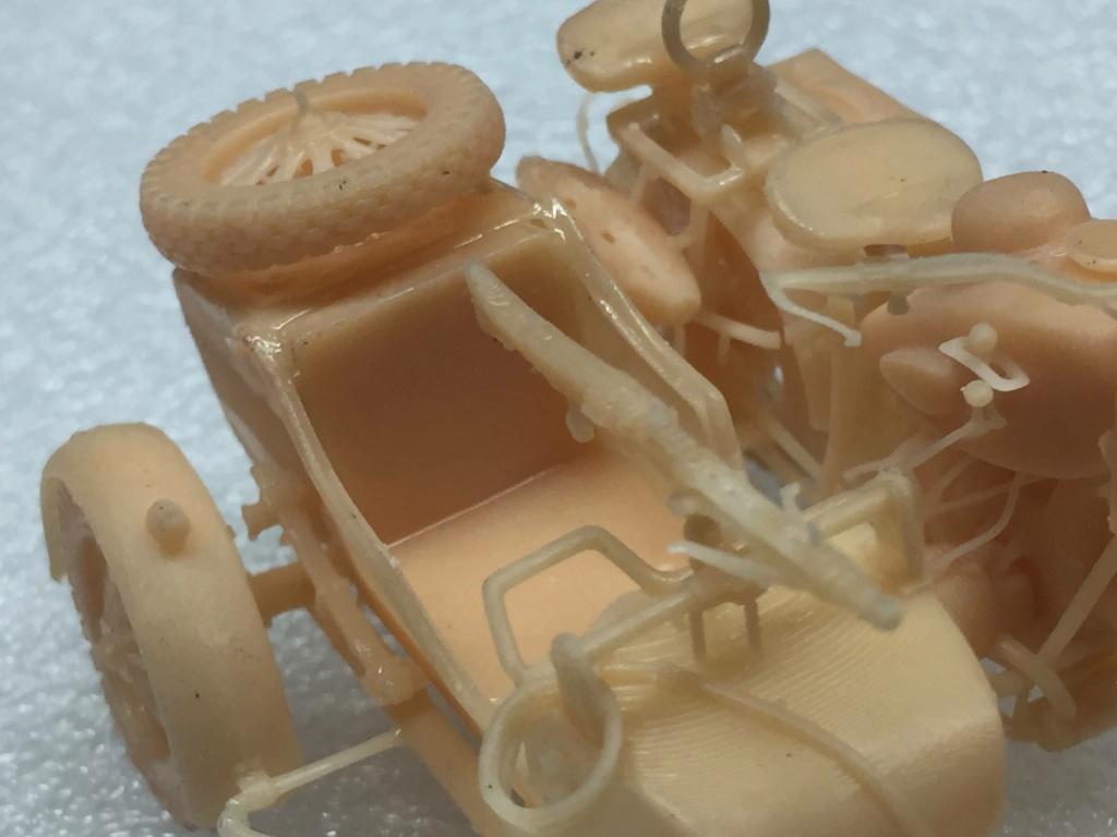 Moto R75 avec side et figurines pièce à pièce. - Page 2 Img_4425