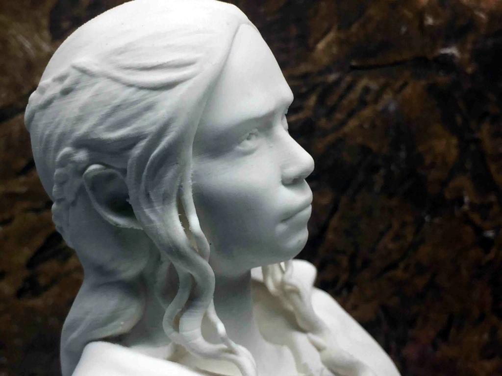 Daenerys 1/10 3D Img_4513