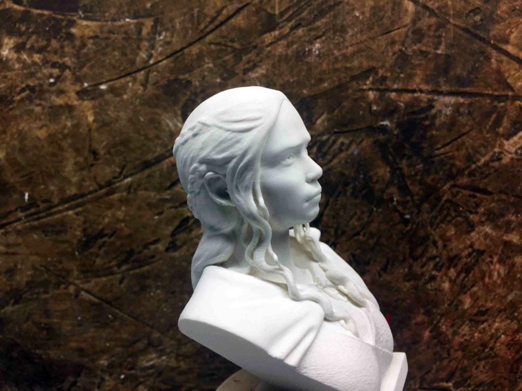 Daenerys 1/10 3D Img_4515
